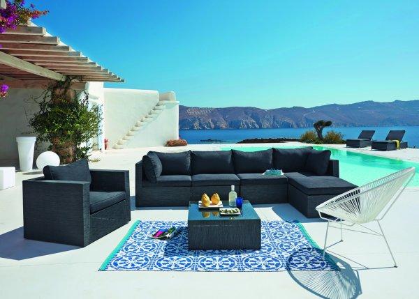 tapis_de_jardin_outdoor_maisons_du_monde_bleu_a_motifs