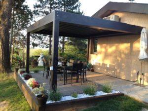 superbe terrasse avec pergola