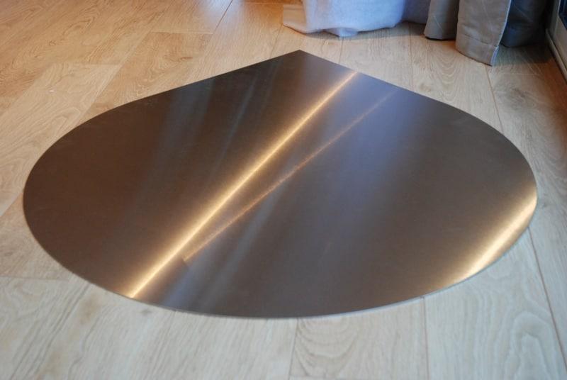 design plaque de protection sol en acier