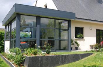 extension modulaires vitrée en aluminium noir